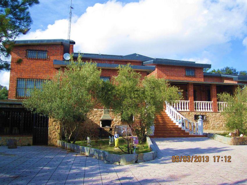 Casa o chalet independiente en venta en avenida Asturias, 43, Hoyo ...