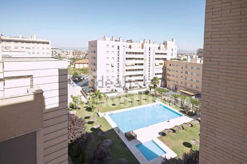 Piso en avenida DE LA ILUSTRACION, Campus de la Salud, Granada