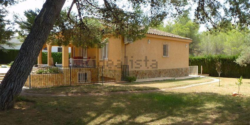 Casa o chalet independiente en calle Zaragoza, Entrepinos, L Eliana