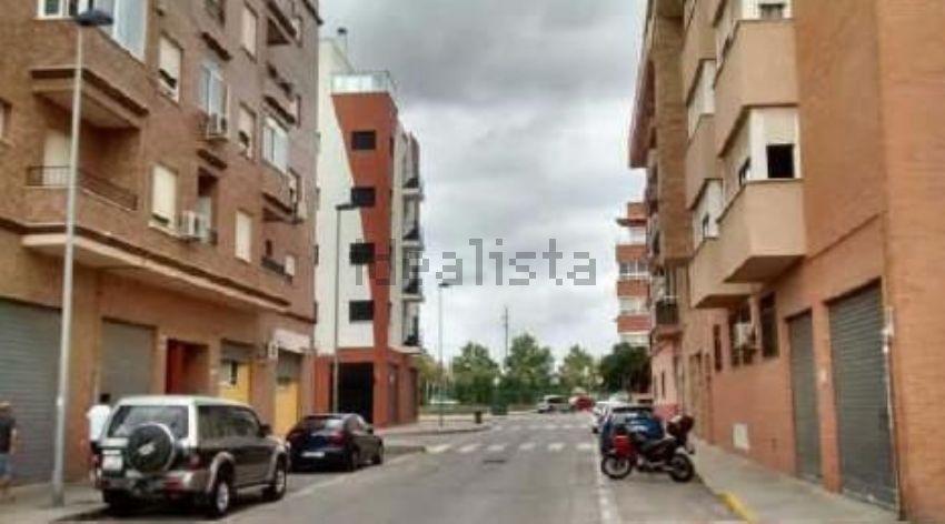 Dúplex en calle de pere el cerimoniós, Silla