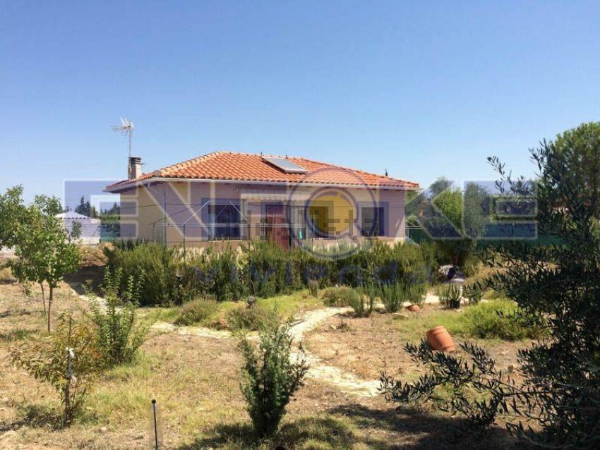 Casa o chalet independiente en avenida Encina, Barajas de Melo