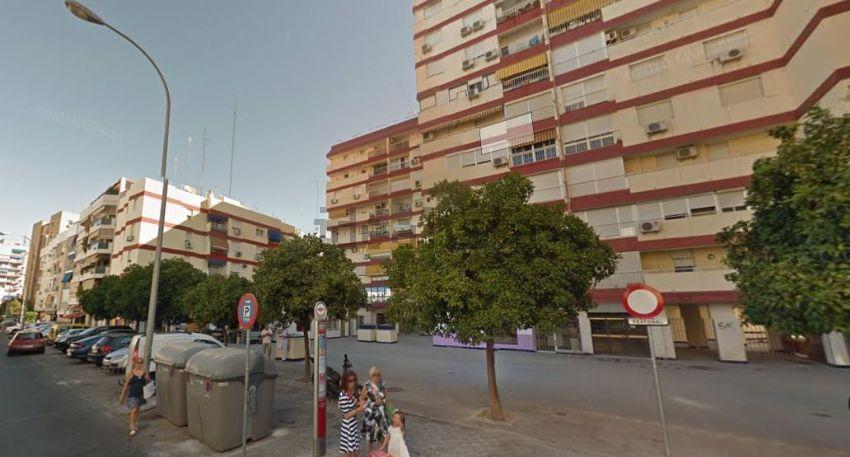 Piso en calle esperanza de triana, Pagés del Corro-López de Gomara, Sevilla
