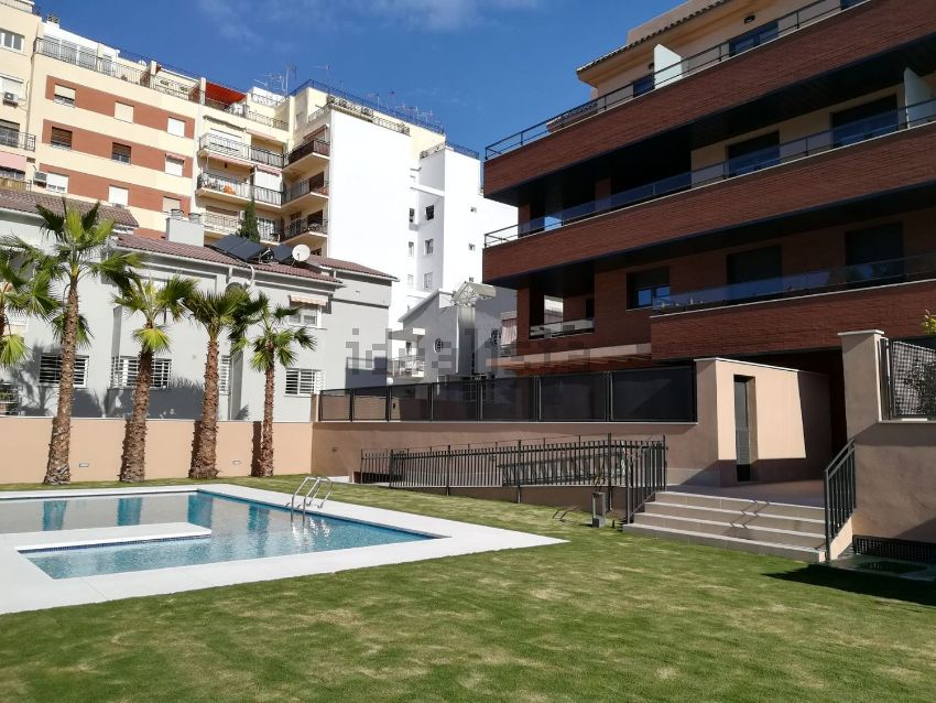 Ático en calle Luis Taboada, El Palo, Málaga