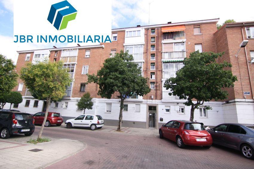 Piso en calle de Jacinto Benavente, Hospital, Valladolid
