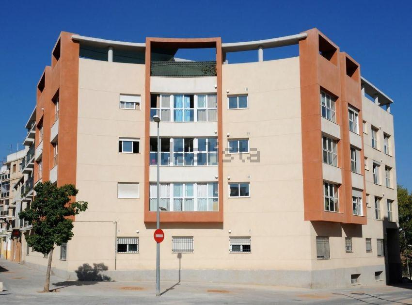 Piso en calle de la malva-rosa, Zona Calle Valencia-La Ermita, Torrent