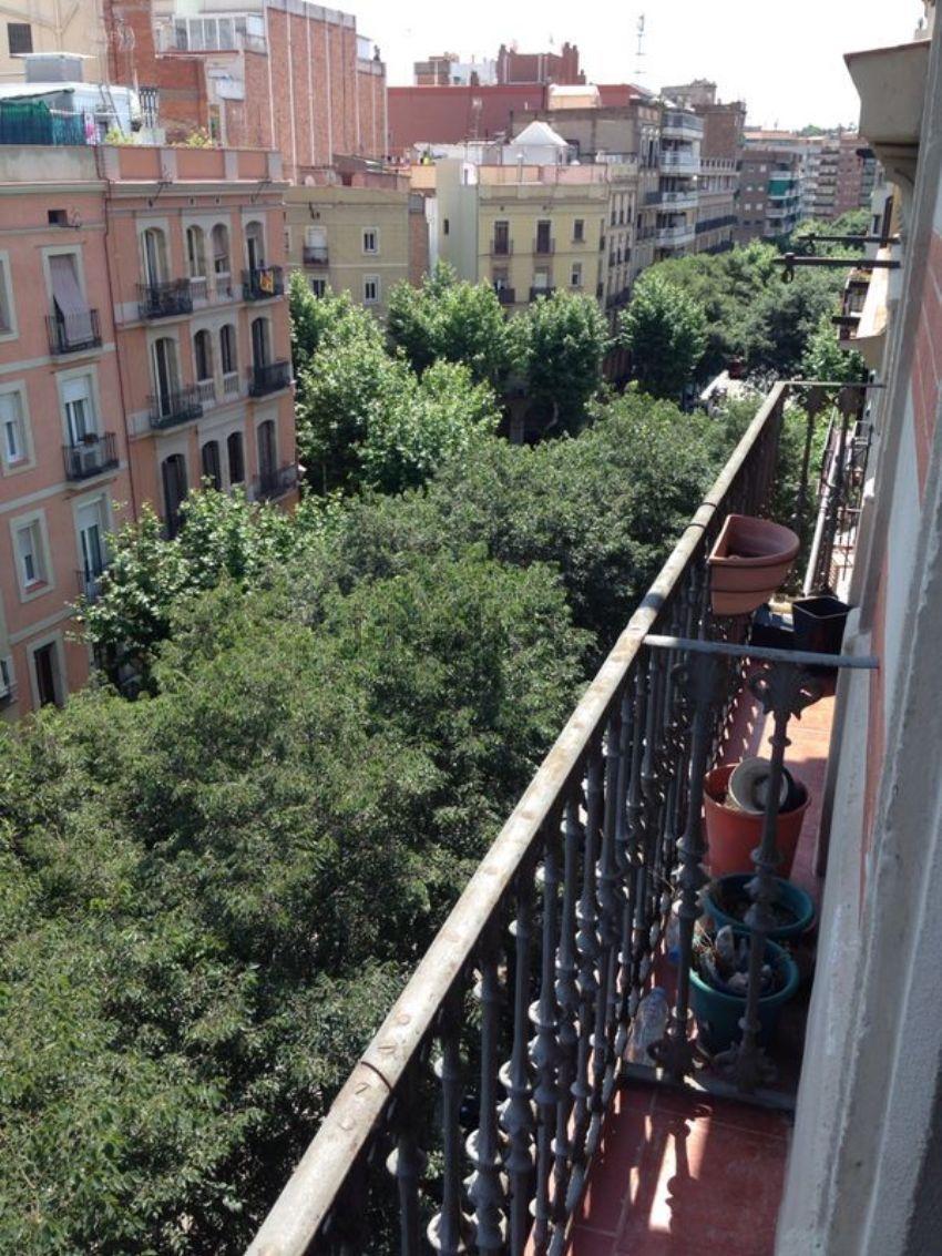 Piso en calle Comte Borrell, 47, Sant Antoni, Barcelona