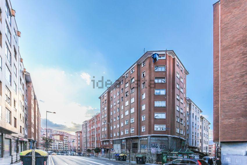 Piso en Maurice Ravel, Uribarri, Bilbao