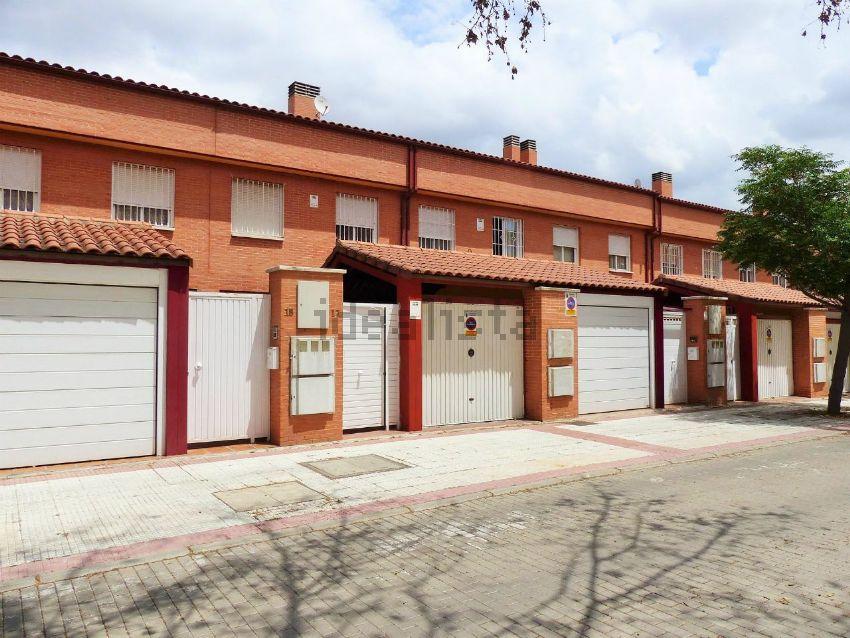 Chalet adosado en calle río cañamares, Aguas Vivas, Guadalajara