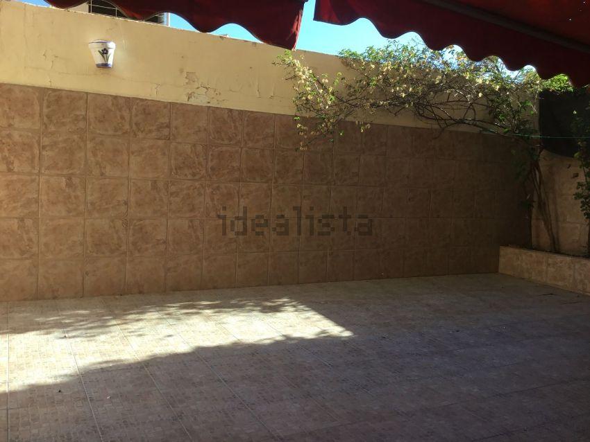 Piso en calle de Castan Tobeñas, Nou Moles, València
