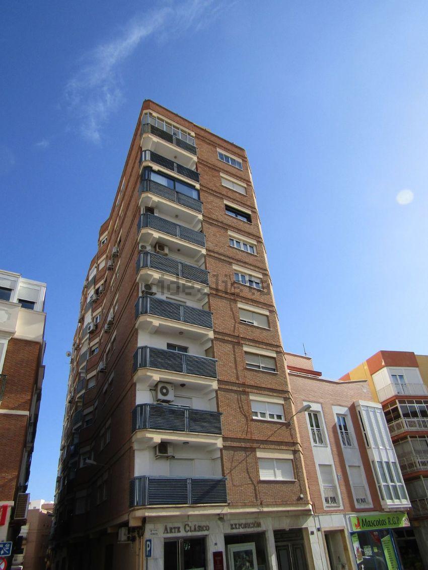 Piso en calle Granada, Centro Rambla - Plaza de Toros, Almería