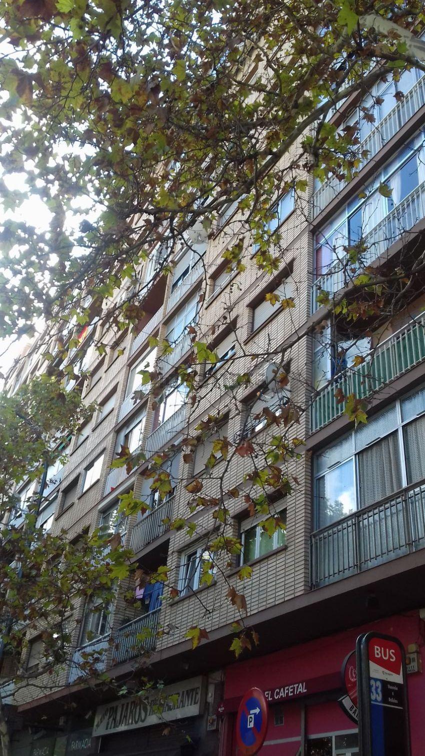 Piso en calle de Demetrio Galán Bergua, 24, Parcelación Barcelona, Zaragoza