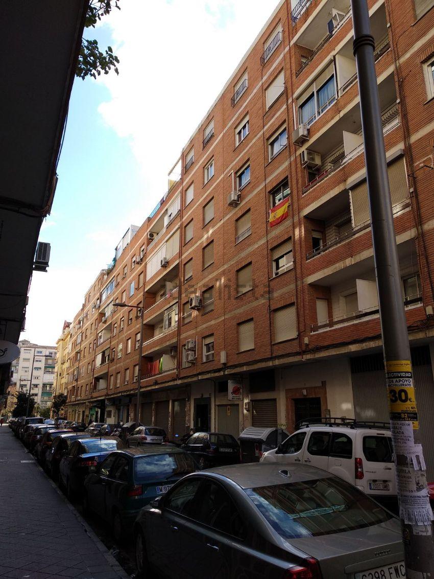 Piso en calle tortola, 7, Los Pajaritos, Granada