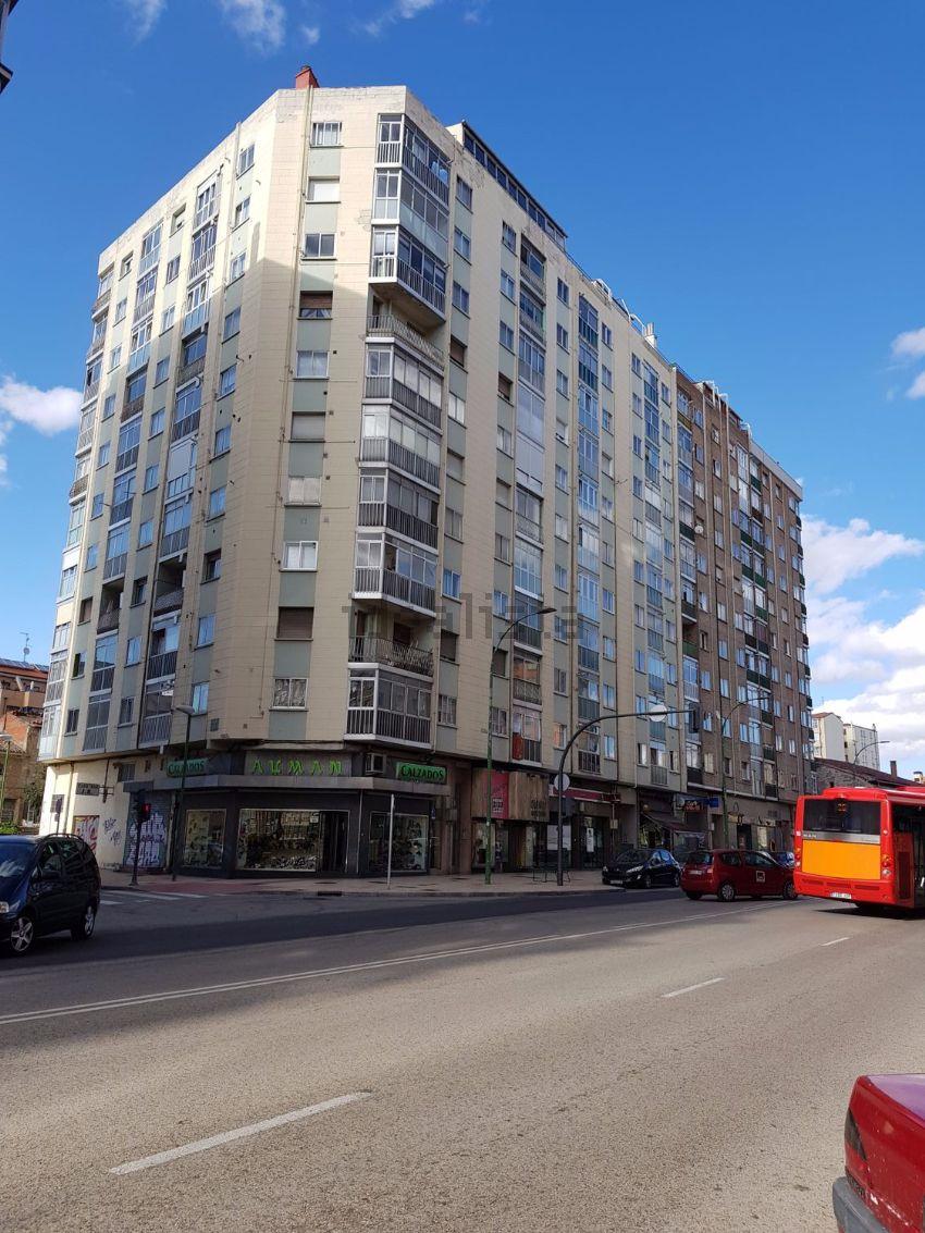 Piso en calle de Vitoria, Capiscol - Gamonal, Burgos