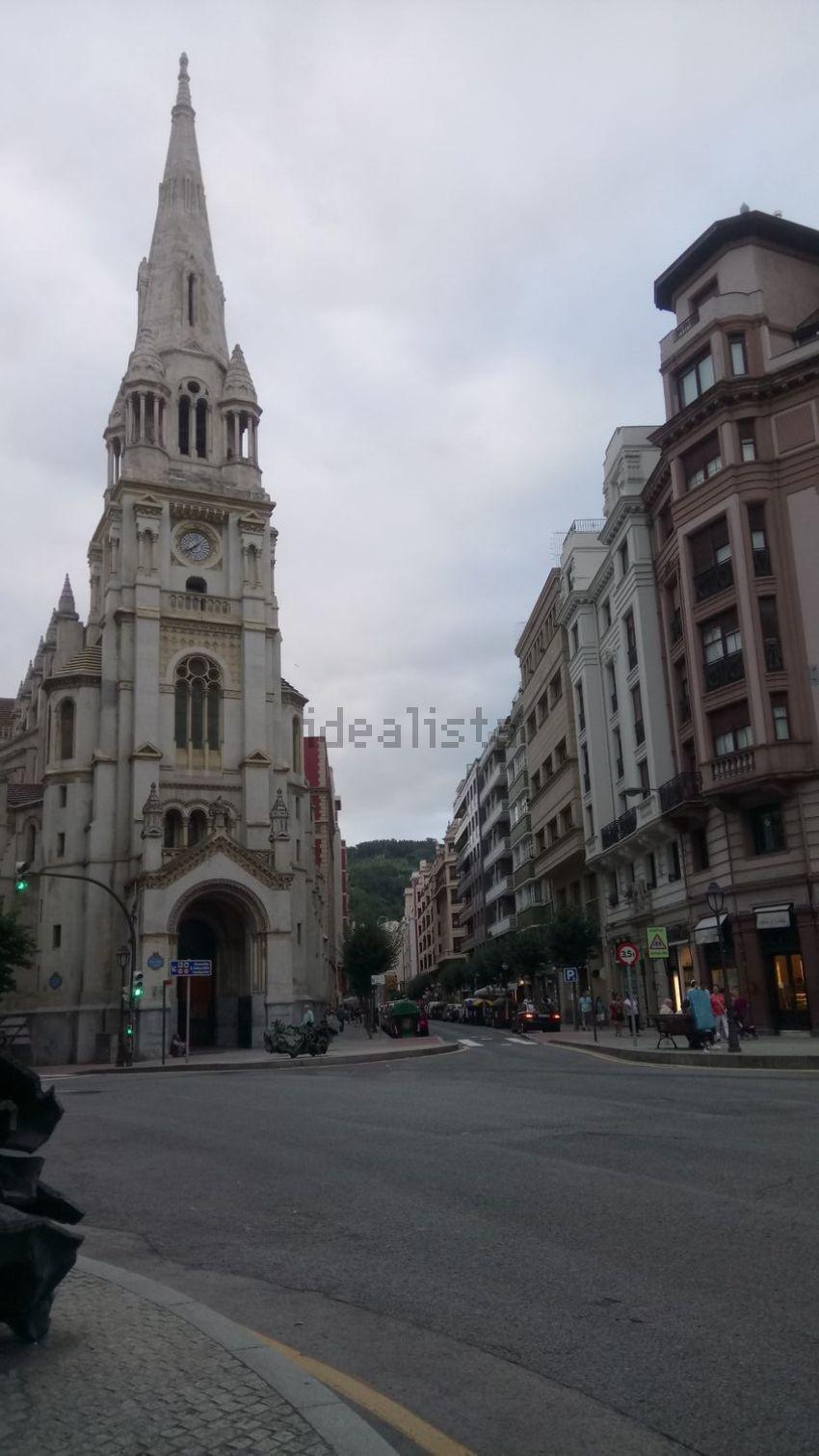 Piso en calle Iparraguirre, Ensanche-Moyua, Bilbao