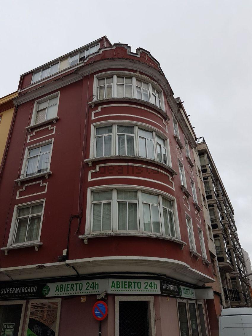 Piso en calle Noya, Os Mallos, A Coruña