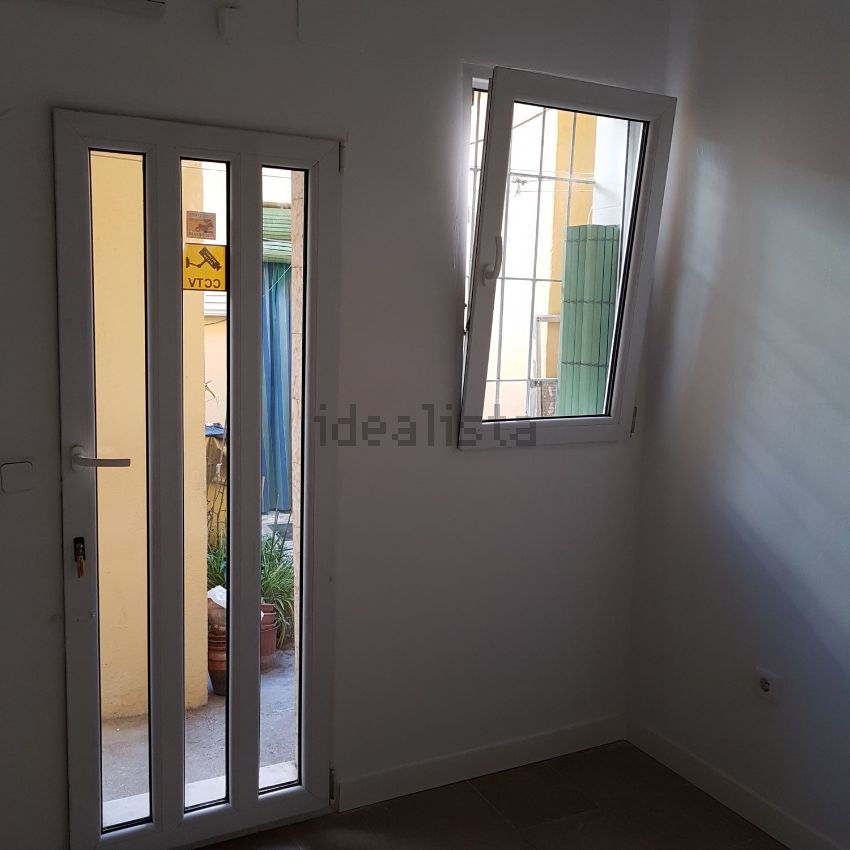Piso en calle Sierra de Algodonales, San Diego, Madrid