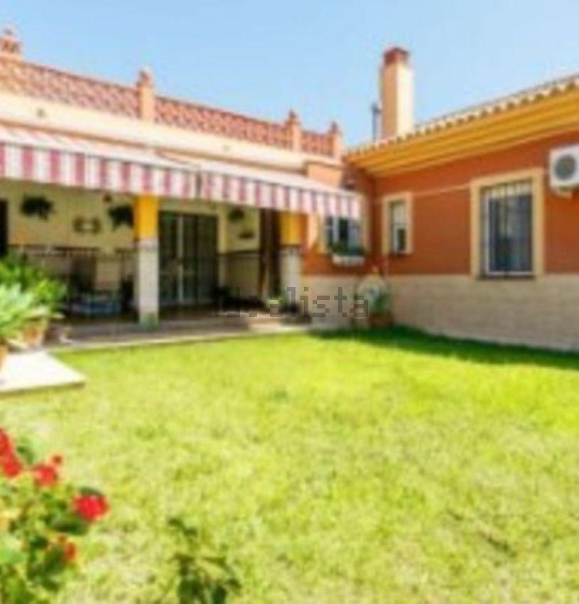 Casa o chalet independiente en venta en calle Esparraguera, 1 ...