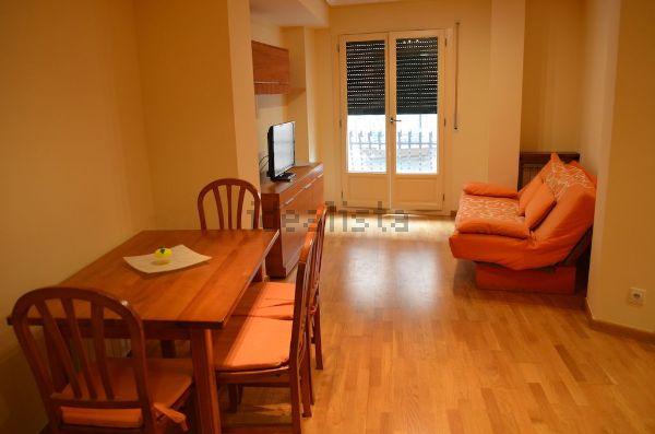 Pisos y apartamentos de alquiler en Barbastro: 4 disponibles