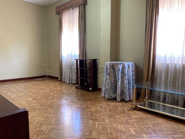 Imagen Salón de piso en calle de Marcelino Álvarez, Ventas, Madrid