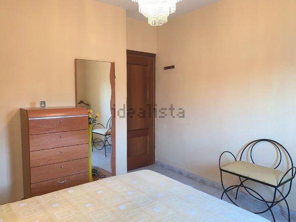 Imagen Habitación de piso en calle Nuestra Señora del Pilar, 2, Reyes Católicos, Alcalá de Henares