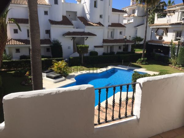Piso en venta en Urbanización Los Naranjos de Marbella, 5 sn