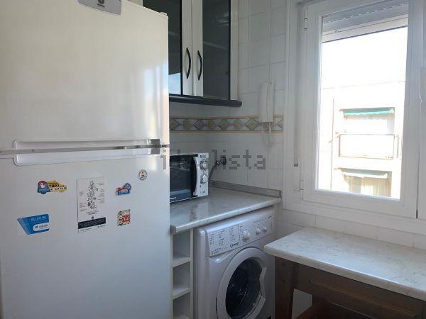 Imagen Cocina de piso en calle de Arciniega, 21, Valdezarza, Madrid