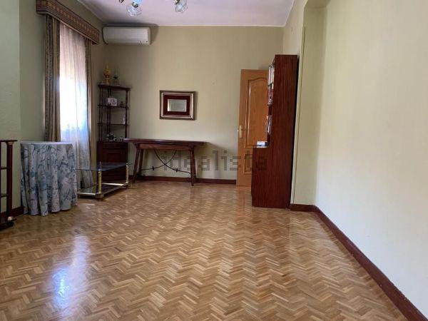 Imagen de piso en calle de Marcelino Álvarez, Ventas, Madrid