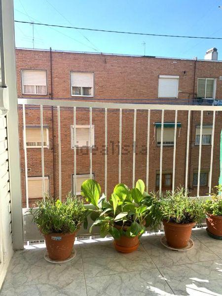 Imagen Terraza de piso en calle de Arciniega, 21, Valdezarza, Madrid