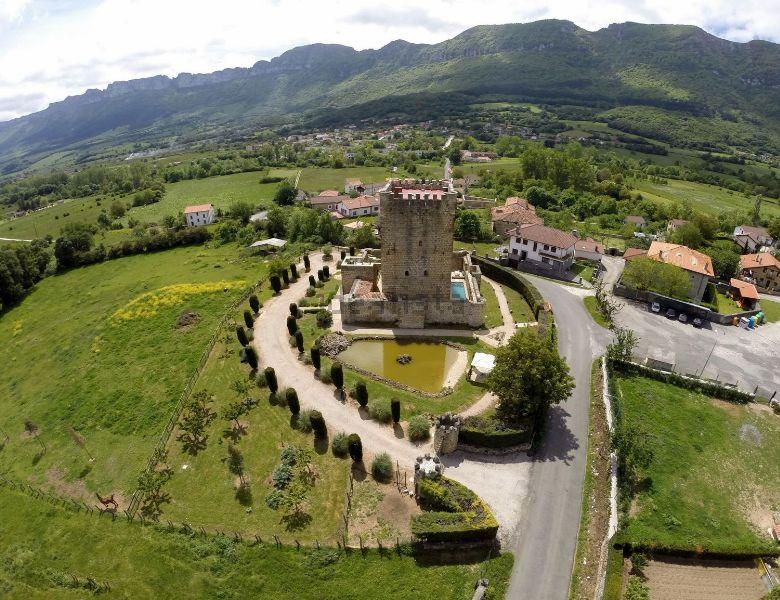 castillo en venta valle de mena