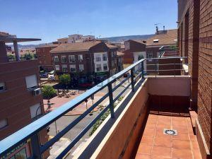 Piso en calle Eduardo Mendoza, 1