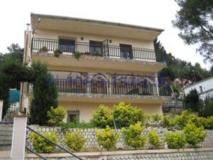 Casa independiente en Urb. ciudad jardin Palafolls