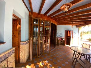 Casa independiente en Cerros de Montequinto