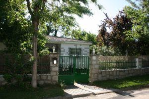 Casa independiente en las acacias, 23