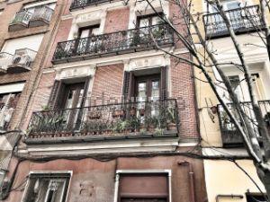 Piso en calle Hernán Cortés