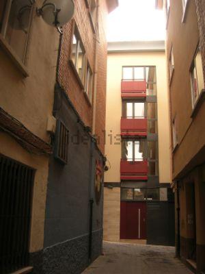 Piso en calle Valcaliente, 14