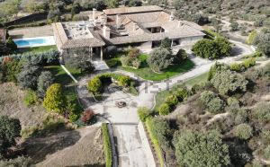 Casa independiente en Urb. este - Montepríncipe