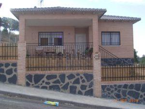 Casa independiente en calle Coruña, 760