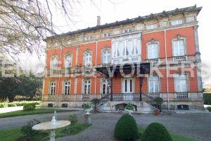 Casa independiente en Profesor Pimentel, 822