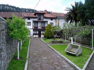 Casa de pueblo en Barrio Casar, 103