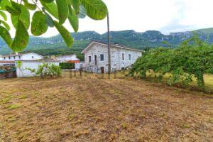 Casa independiente en camino Sopeñano, 3