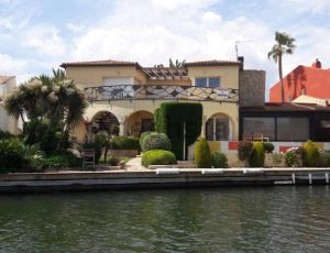 Casa independiente en Empuriabrava