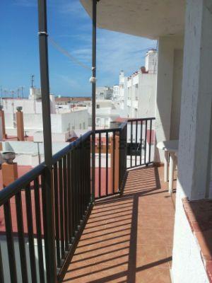 Los 30 apartamentos en la playa m s baratos idealista news - Pisos en venta en cedeira ...