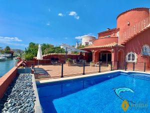 Casa independiente en Cap Ras - Creus - Falconera
