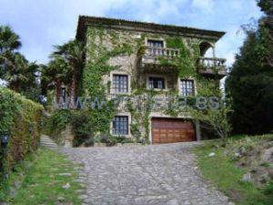 Palacio en calle Baredo s/n