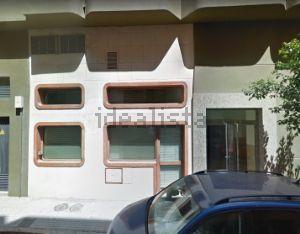 Local en calle General García Escámez, 1