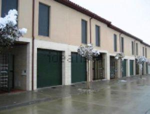 Casa independiente en calle Solapeña