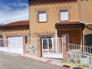 Chalet pareado en calle del Chorrito, 6