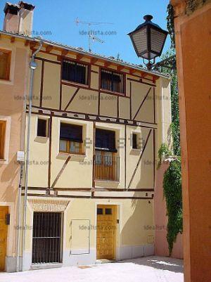 Chalet pareado en calle Corral del Mudo, 4