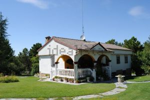 Casa independiente en avenida de Santa Catalina, 201