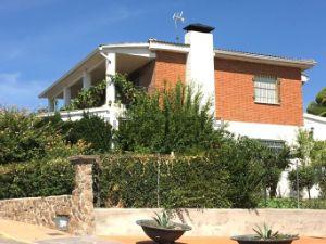 Casa independiente en Urb. urbanización fado_calypo Calypo Fado